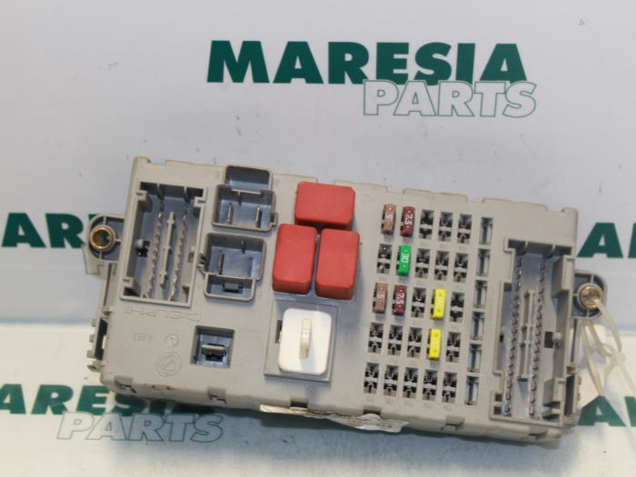 Used Fiat Bravo (198A) 14 MultiAir 16V Fuse box - 51867771