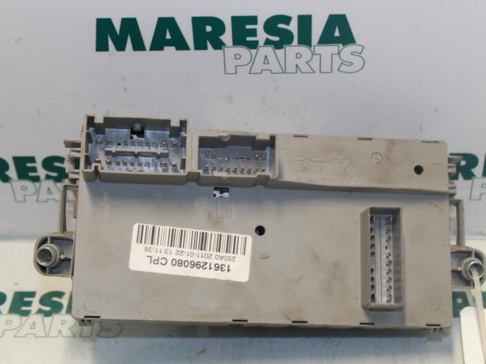 Used Fiat Ducato (250) 30 D 160 Multijet Power Fuse box