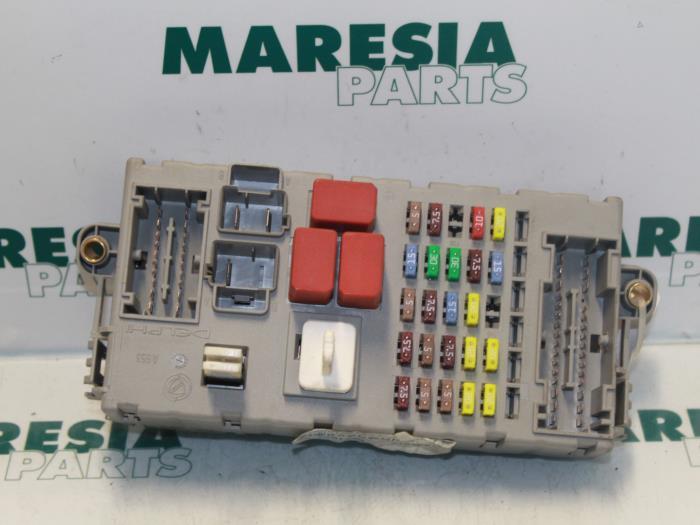 Used Fiat Bravo Fuse box - 51863219 - Maresia Parts ProxyParts