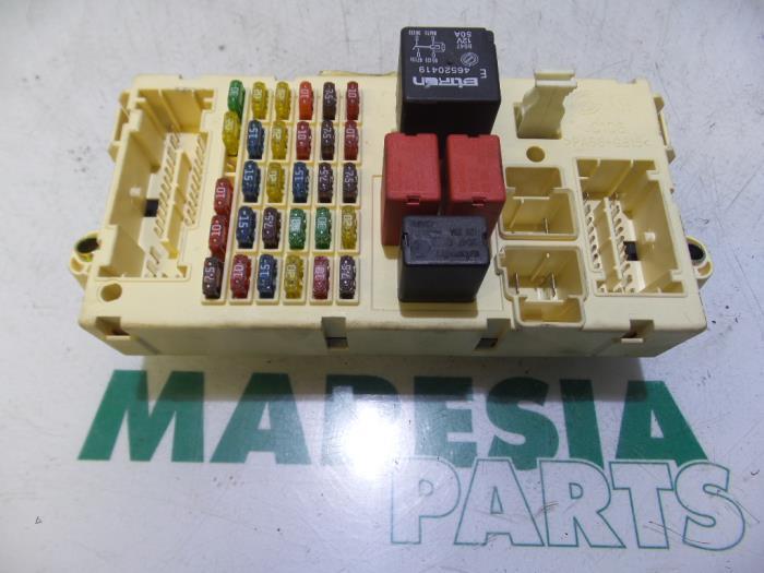Used Alfa Romeo GT Fuse box - 60684629 - Maresia Parts ProxyParts