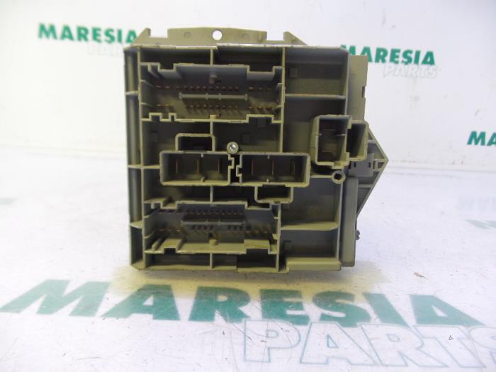 Used Alfa Romeo Brera (939) 22 JTS 16V Fuse box - 50510968