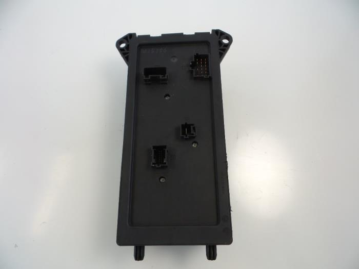 Used Mercedes Sprinter 35t (90663) 316 CDI 16V Fuse box