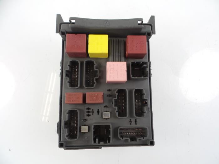Used Renault Espace (JK) 22 dCi 150 16V Grand Espace Fuse box