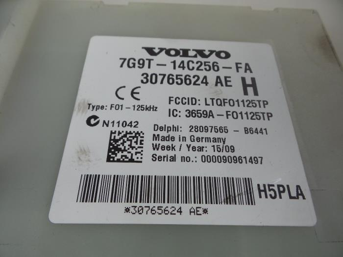 Used Volvo V70 (BW) 20 D 16V Fuse box - 30765624AE - Autobedrijf