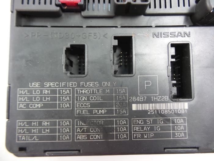 Used Nissan Micra (K13) 12 12V DIG-S Fuse box - 284B71HZ2B
