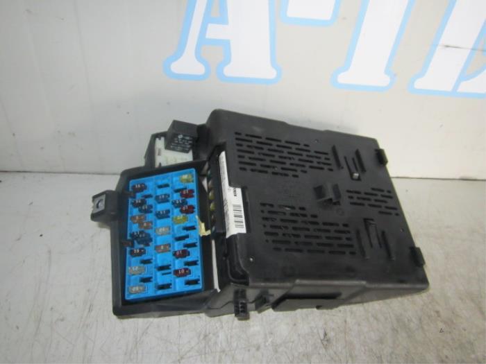 Used Renault Megane (BA/SA) 14 16V Fuse box - 77030397012 - A-Team