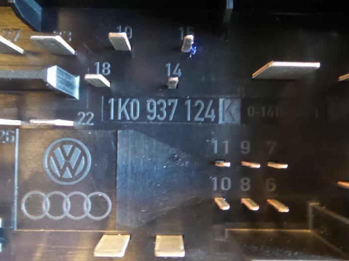 Used Seat Altea Fuse box - 1K0937124K - ATS van de Wiel