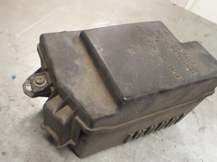 Used Alfa Romeo Brera (939) 32 JTS Q4 V6 24V Fuse box - 50504455