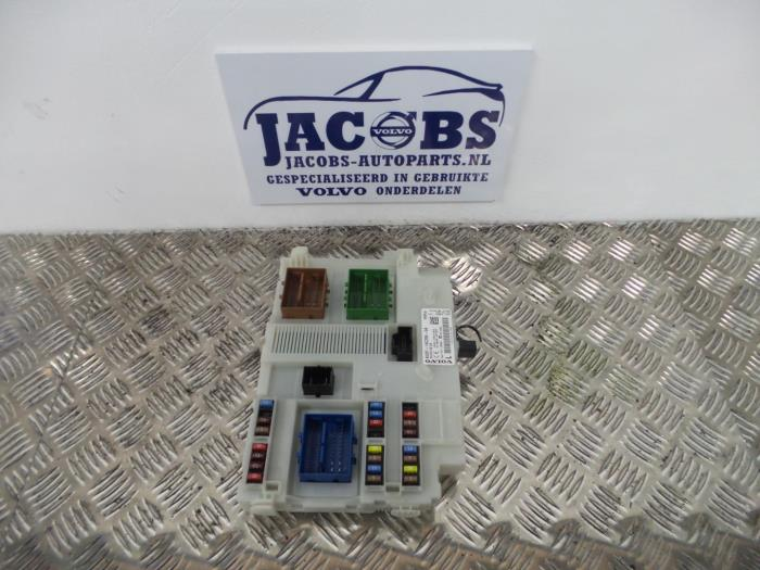 Used Volvo S60 Fuse box - 31314116AA - Jacobs auto-parts