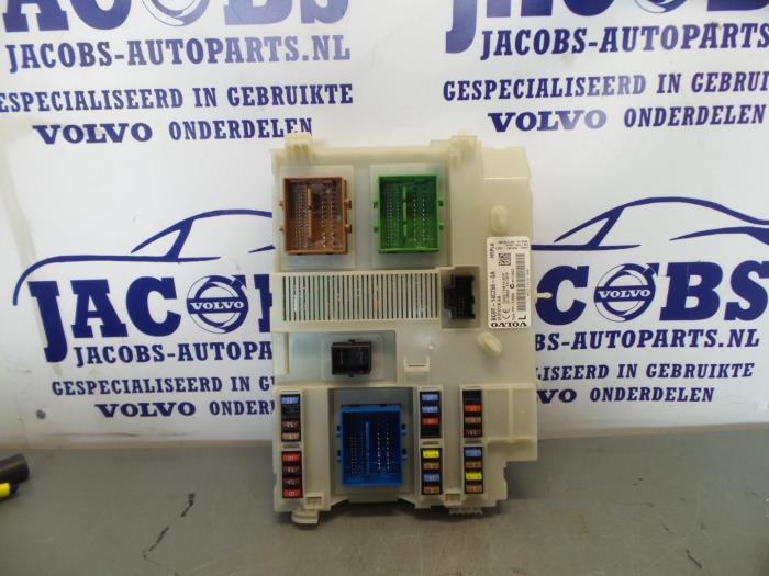 Used Volvo XC60 Fuse box - 31314116AA - Jacobs auto-parts