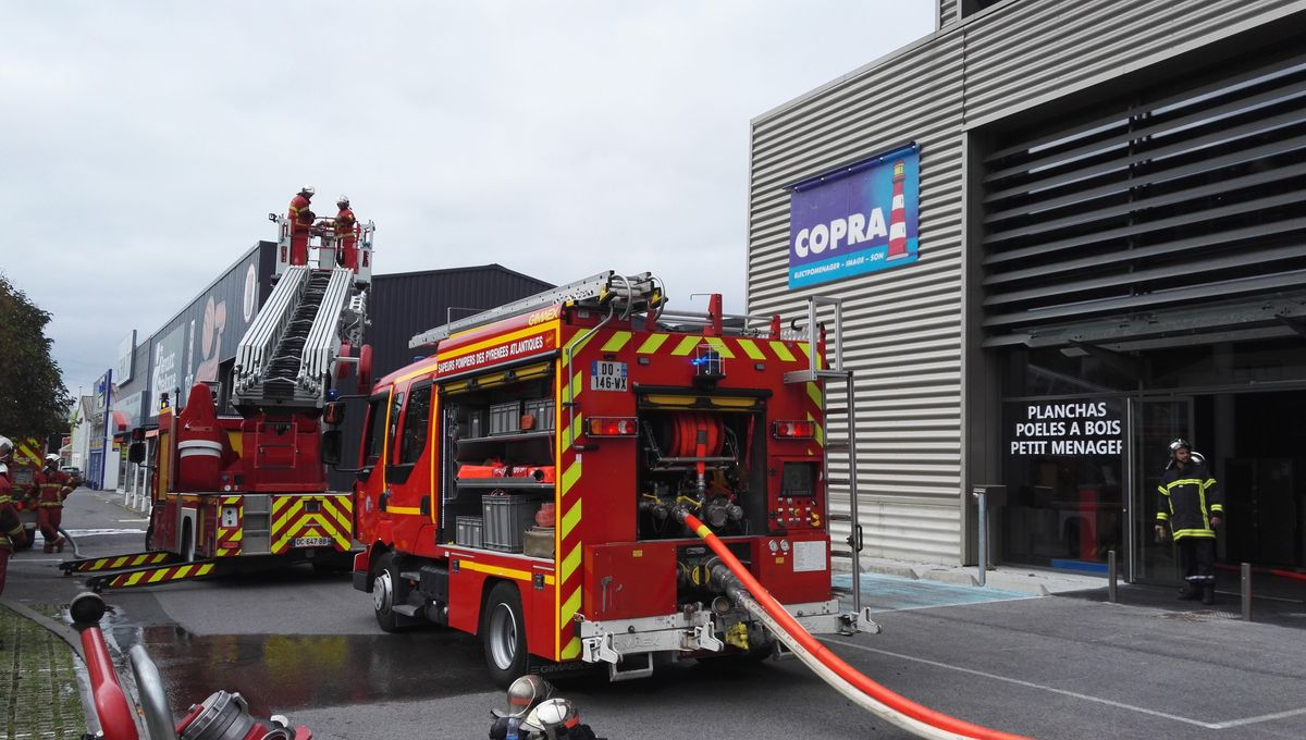 Electromenager Discount Bayonne Photos Bayonne Incendie Au Grand Magasin Copra