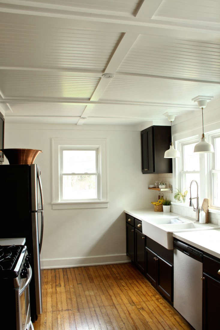 Ceiling Design Online Rehab Diaries Diy Beadboard Ceilings Before And After Remodelista