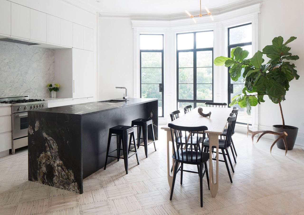 Atlantic Keuken House Call A Brooklyn Brownstone Goes Gothic Remodelista