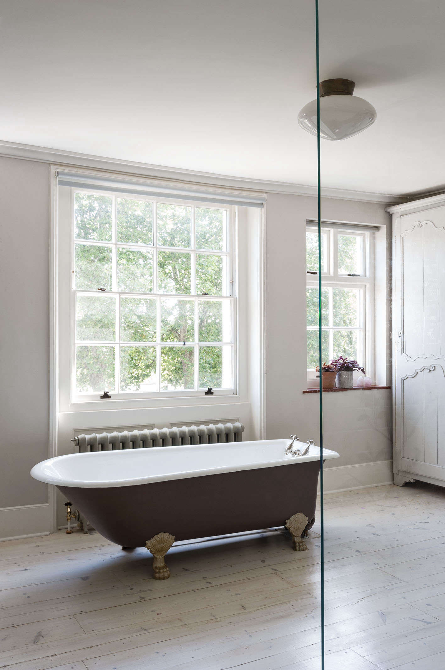Wood Floor In Bathroom Pros And Cons Remodeling 101: Romance In The Bath: Built-in Vs
