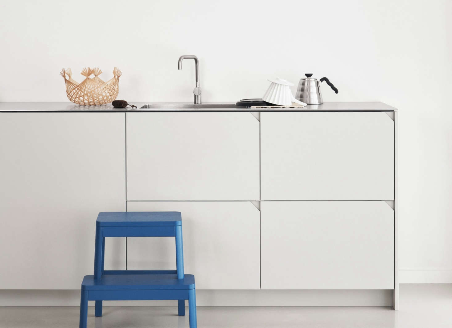 Ikea Küche Hack Take A Look At A Stylish Ikea Kitchen Hack By Designer Cecilie