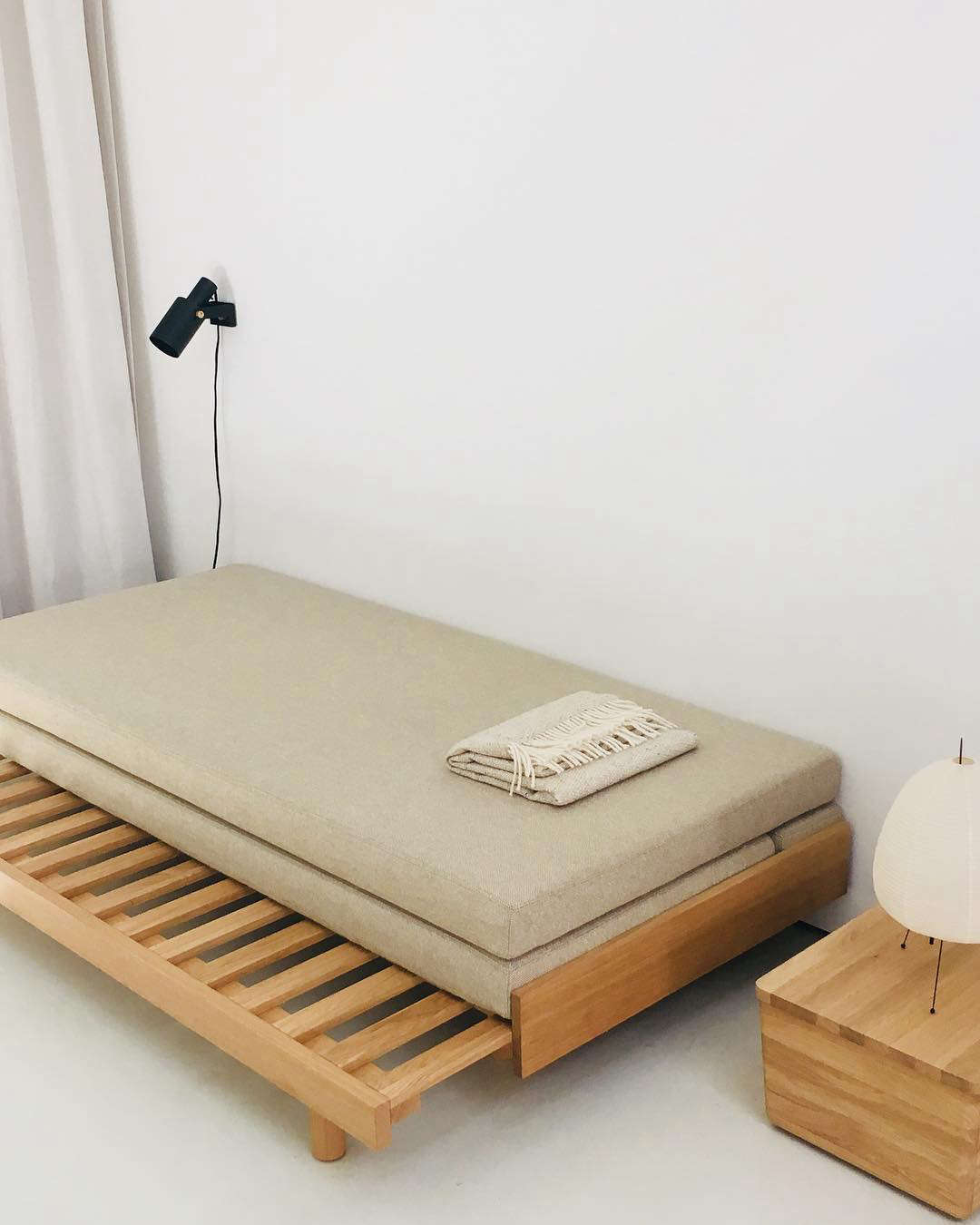 Folding Double Guest Bed With Mattress 10 Easy Pieces Grown Up Guest Beds Remodelista