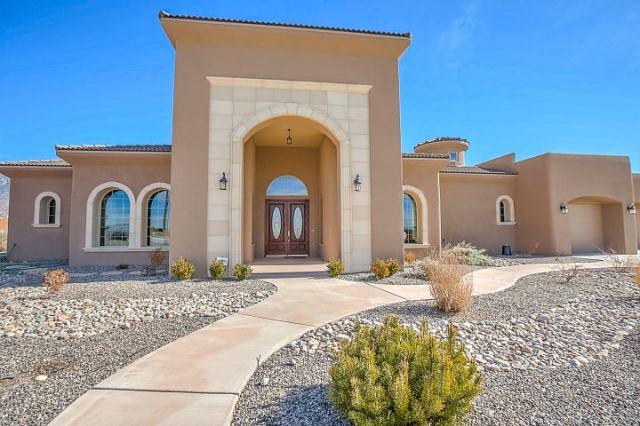 10500 Palomas Avenue NE, Albuquerque, NM 87122