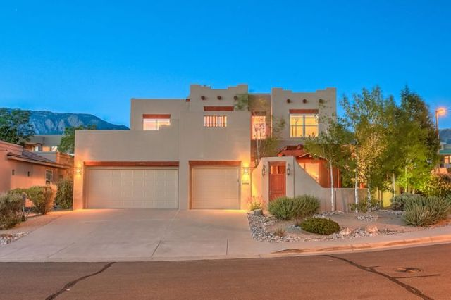 5700 Valerian Place NE, Albuquerque, NM 87111