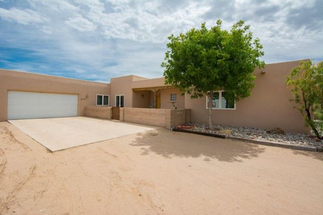 1234 Alamos Road, Corrales, NM 87048
