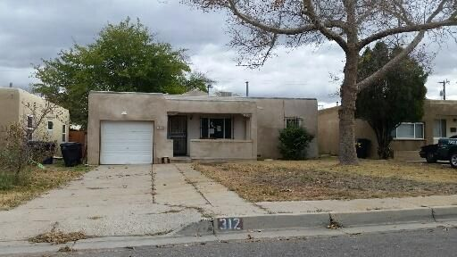 312 Truman Street NE, Albuquerque, NM 87108
