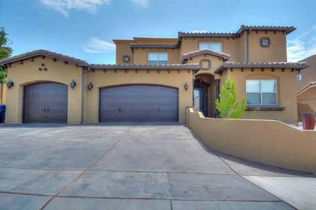 9932 Cardinal Street NW, Albuquerque, NM 87114