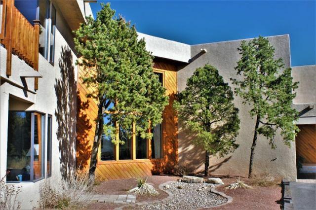 1423 San Rafael Avenue NE, Albuquerque, NM 87122