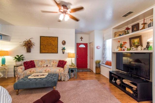 2215 New York Avenue SW, APT B, Albuquerque, NM 87104