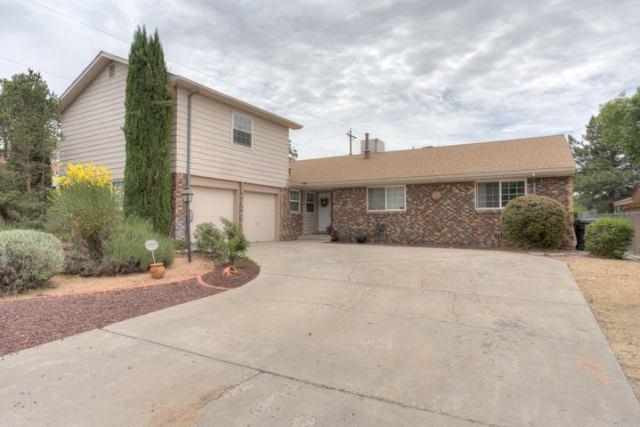 8604 Harwood Avenue NE, Albuquerque, NM 87111
