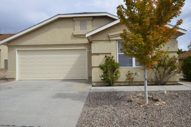 5769 Tosca Road NW, Albuquerque, NM 87114