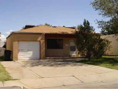 828 Alvarado Drive SE, Albuquerque, NM 87108