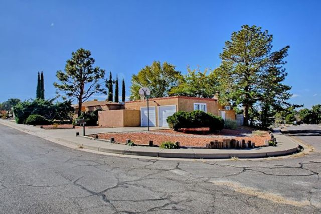 2129 Marie Park Drive NE, Albuquerque, NM 87112
