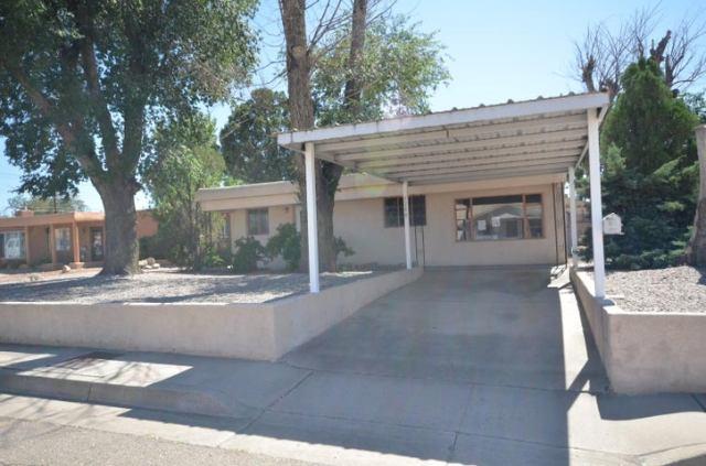 5208 Mescalero Road NE, Albuquerque, NM 87110