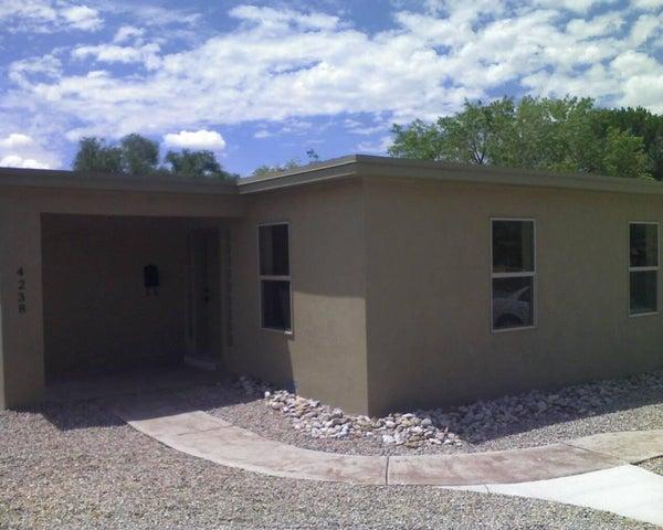 4238 Mackland NE, Albuquerque, NM 87110