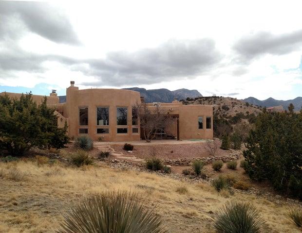 1 Adobe Road, Placitas, NM 87043