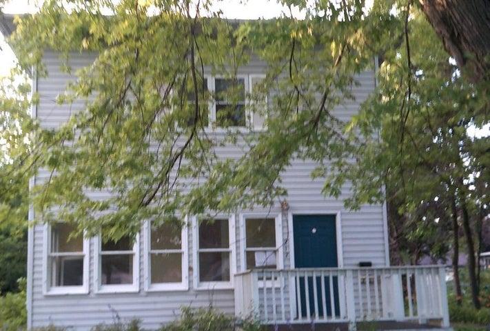 212 WILLOW St. W, Detroit Lakes, MN 56501