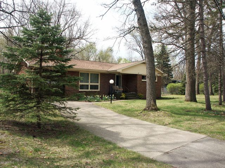 215 Northbrook Drive, Michigan City, IN 46360