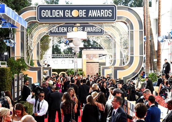 The Latest A Soggy Globes Red Carpet Awaits Wbal Radio