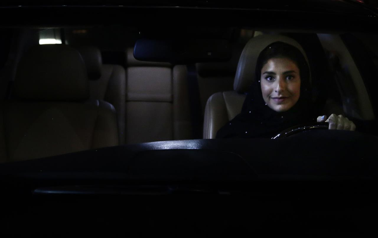Knus Wonen Saudi Women In Driver S Seat As Longstanding Ban Is Lifted 710