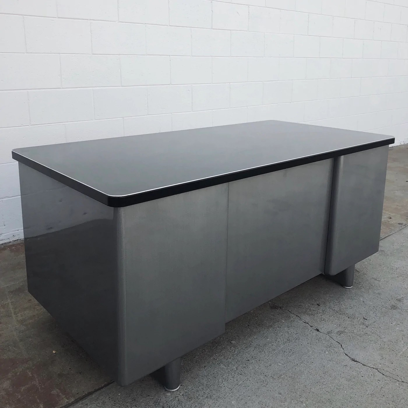 Metal Table Mcdowell Craig 60