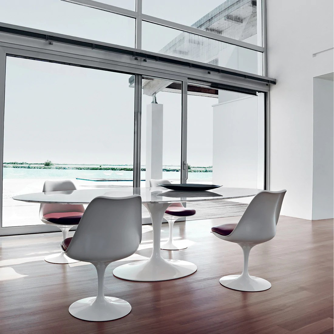 Table Knoll Tulipe Tulip Oval Dining Table By Knoll Haus