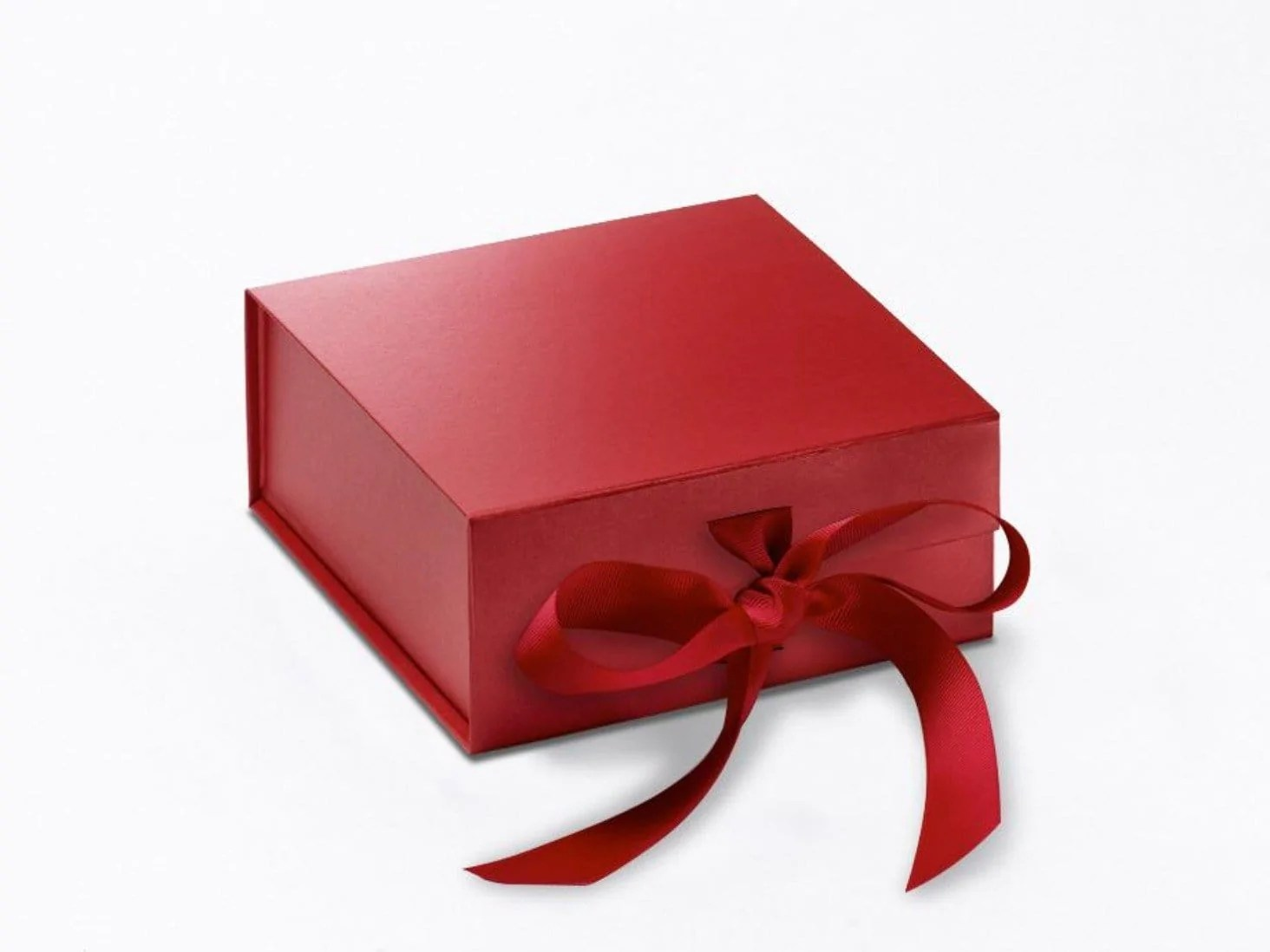 Sample Small Red Gift Box With Magnetic Closure And Ribbon