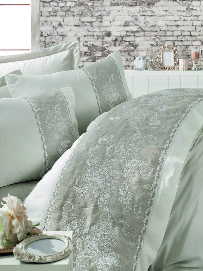 Satin Duvet Cover 6 Pieces Bedding Set