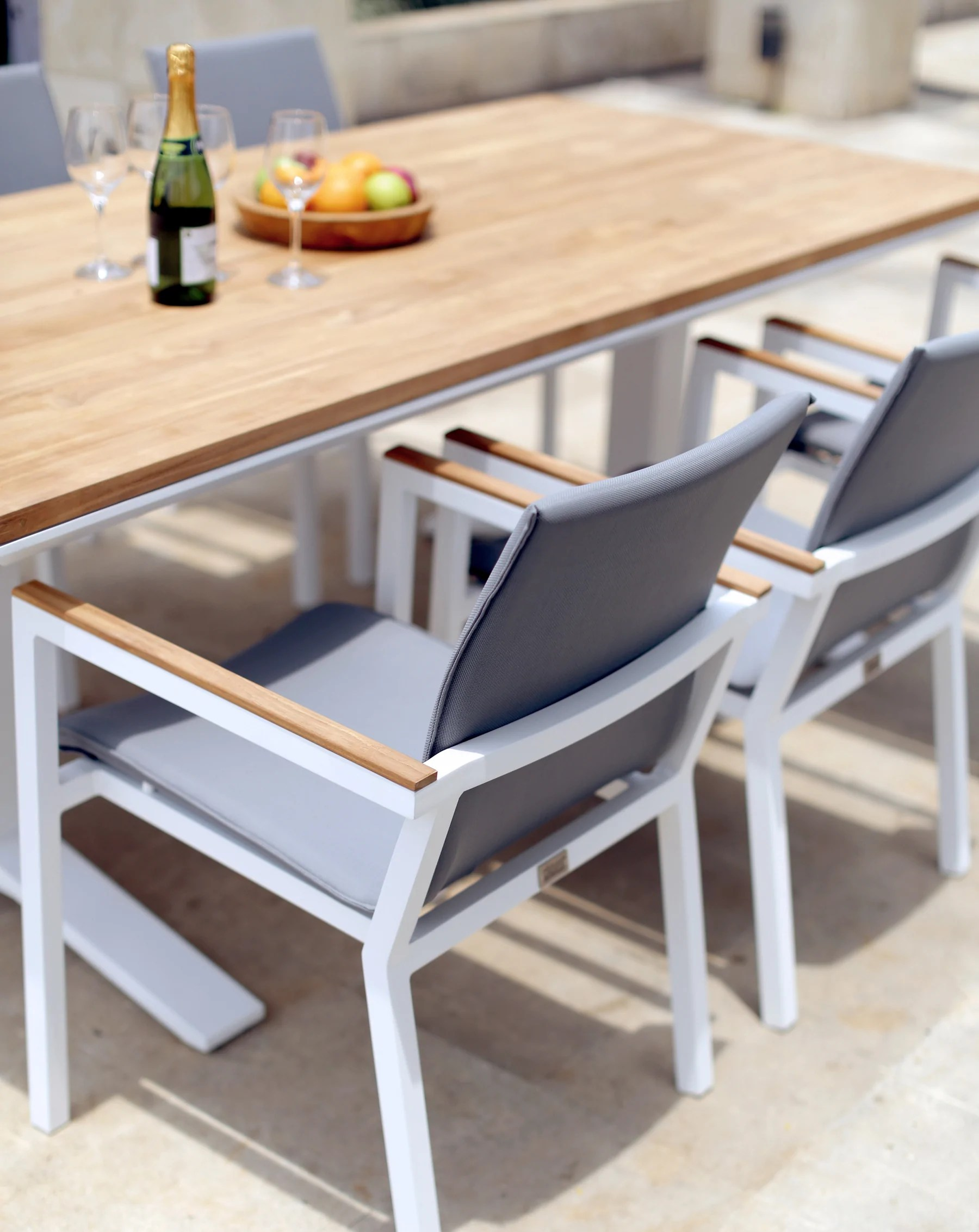 The Springs Garden World - Outdoor Furniture Clearance Toowoomba