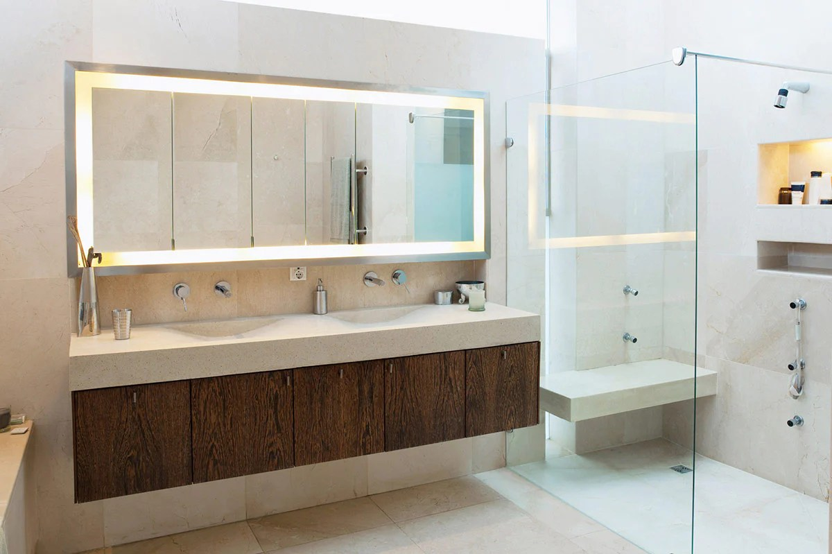 7 Tips To Help You Choose The Best Bathroom Mirrors For Your Home Bathroom Mirrors Uk Bmuk