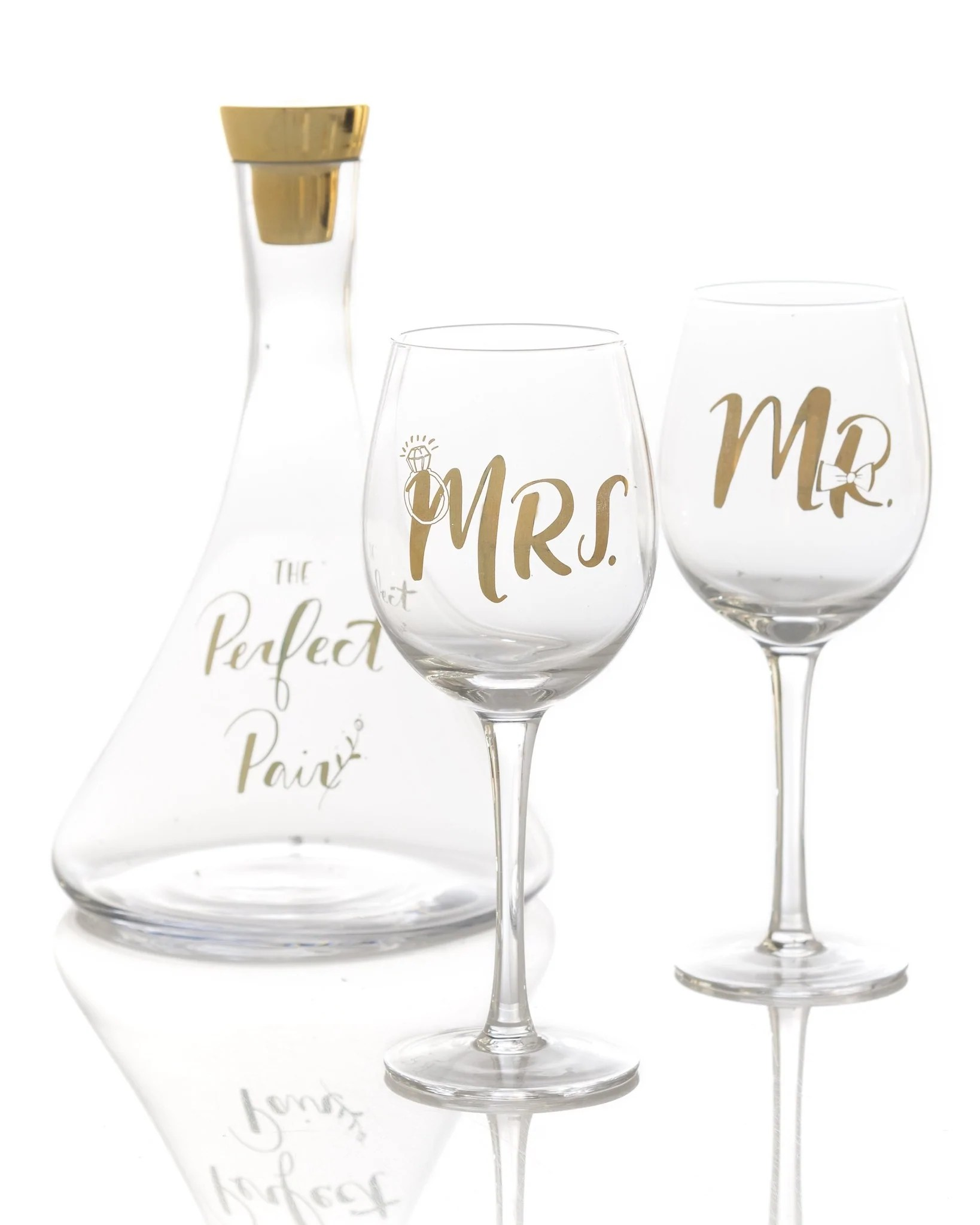 Decanter Wine Glas The Perfect Pair Decanter And Wine Glasses Set