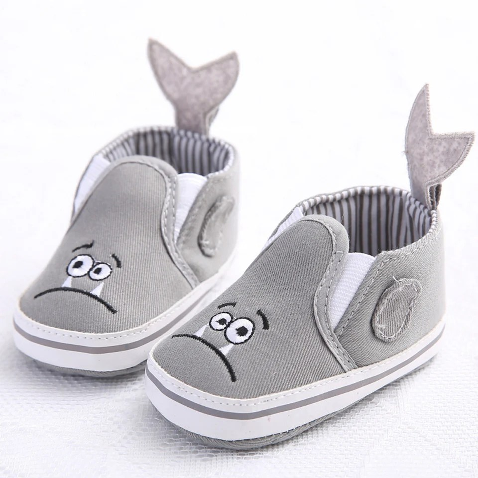 Newborn Crib Shoes Baby Girls Shoes Toddler Girl Crib Shoes Newborn Flower Soft Sole Anti Slip Baby Sneakers