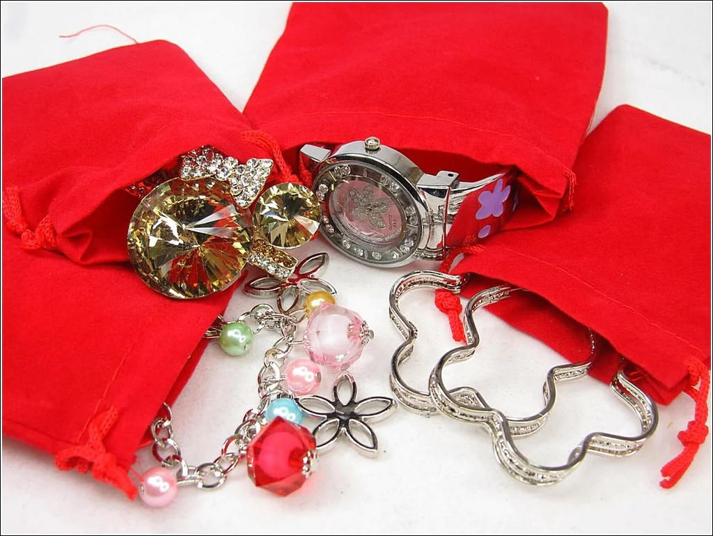 Wholesale Velvet Jewelry Pouches Wholesale Lot Of 100 Red Velvet Pouches With Drawstring For