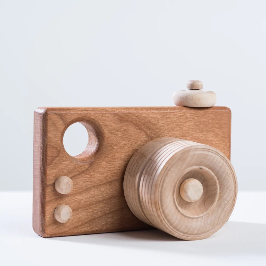 Wooden Toy Camera Magnolia