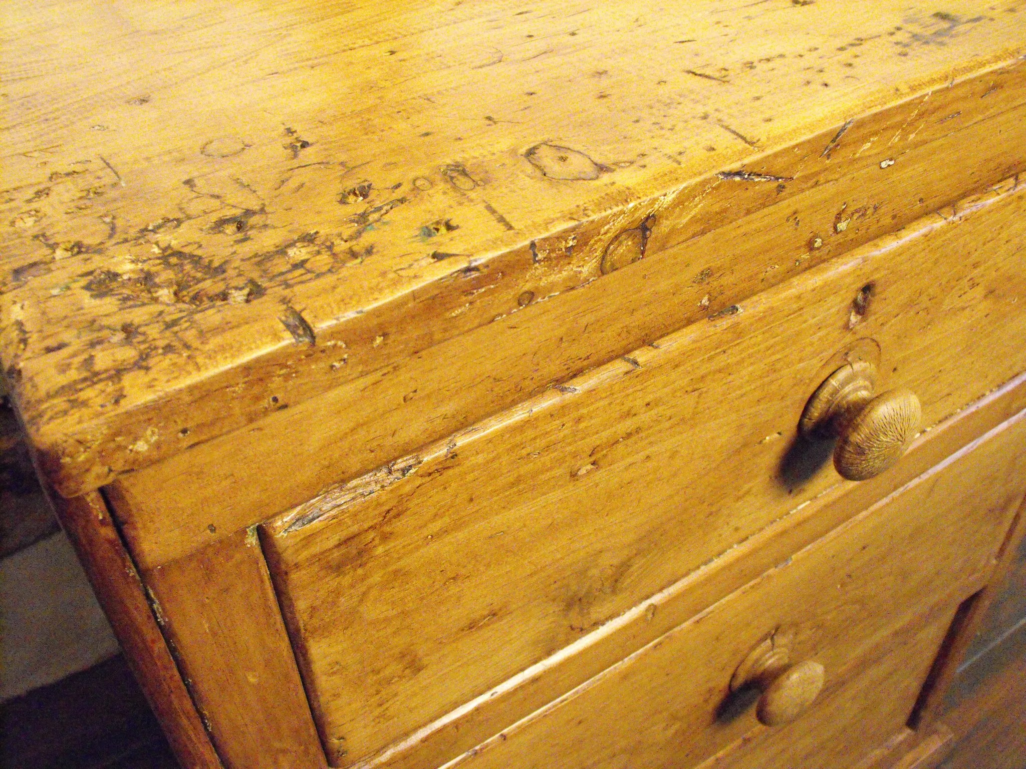 Victorian Pine Chest Of Drawers A Compact Victorian Antique Country Pine Chest Of Drawers Doe Hope