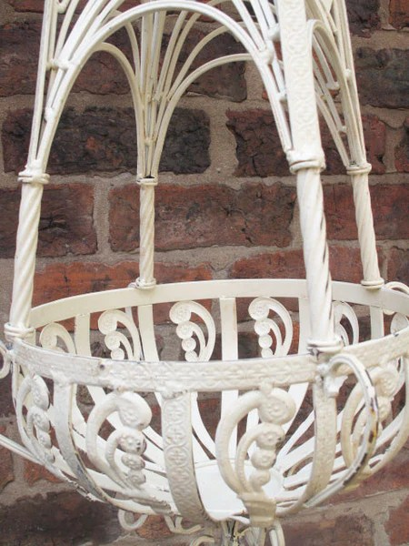 Office Home Pair Of Cream Metal Hanging Baskets